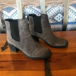 Boots-Grey Suede